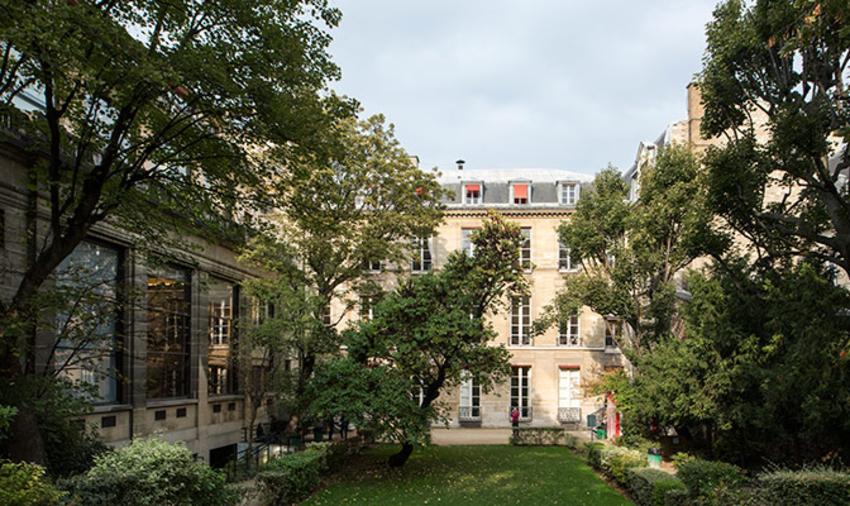Sciences Po Paris en tête du classement des IEP
